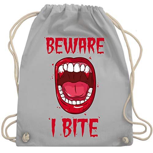 Halloween - Beware - i bite - Unisize - Hellgrau - WM110 - Turnbeutel & Gym Bag (Kreative 2019 Halloween-kostüm-ideen)