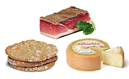 Set specialità sudtirolo / alto adige: speck, formaggio alle erbe e pane alla segale schüttelbrot. per un aperitivo o una merenda speciali