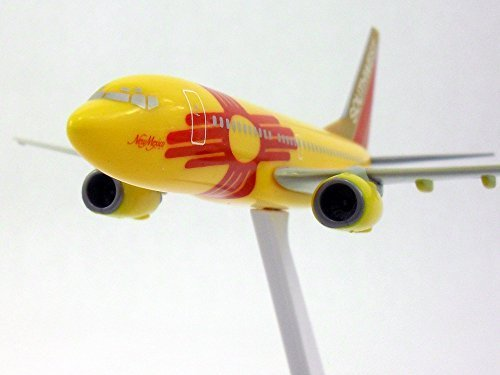 boeing-737-700-southwest-airlines-new-mexico-one-1-200-scale-model-by-flight-miniatures