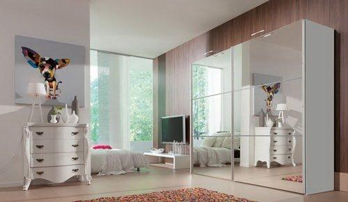 lifestyle4living Schwebetürenkleiderschrank in Weiß mit Spiegelfront, B/H/T ca. 250/216/68 cm