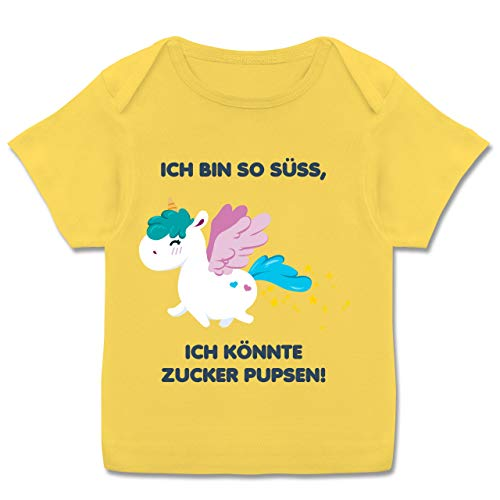Up to Date Baby - Einhorn - Ich Bin so süß, ich könnte Zucker pupsen! - 68-74 (9 Monate) - Gelb - E110B - Kurzarm Baby-Shirt für Jungen und Mädchen -