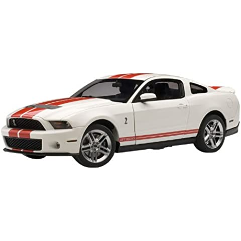 Auto Art 72919 2010 Ford Shelby GT500 1:18 Scale Die Cast in Performance Whit... (japan import)