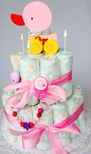 Elfenstall Windeltorte / Pamperstorte mit Schnullerkette / Schnuller und Spielzeug als tolles Geschenk zur Geburt oder Taufe (Mädchen)