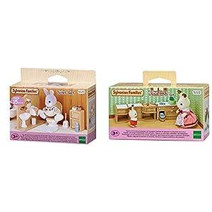 SYLVANIAN FAMILIES Toilet Set Mini muñecas y Accesorios, (Epoch para Imaginar 3563) + Sylvanian Families-5054131052228 Set Horno, Fregadero y encimera Cocina, (Epoch para Imaginar 5222)