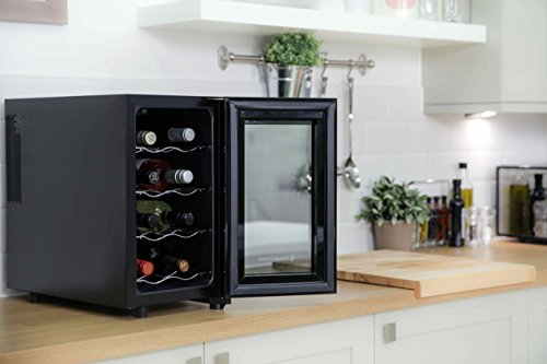 russell hobbs rh8wc2 petite cave vin r frig ree pour 8 bouteilles. Black Bedroom Furniture Sets. Home Design Ideas