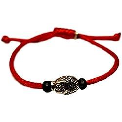 Pulsera de la suerte hilo rojo con cabeza de buda en peltre. Cordón seda rojo con nudos ajustable