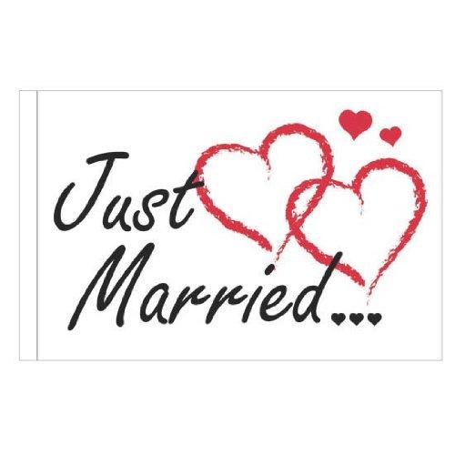 "AUTOFAHNE ""Just married"" (schwarze Schrift rote Herzen)"