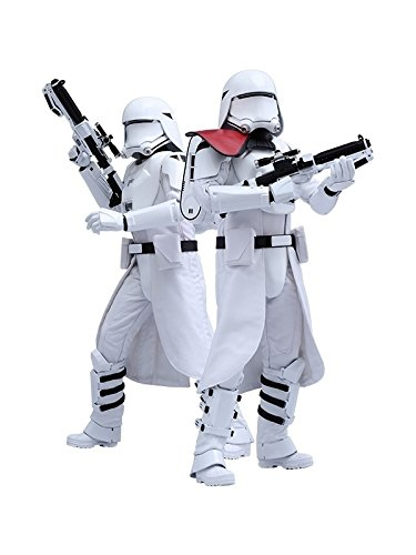 Star-Wars-Set-First-Order-Snowtrooper-Officer-Hot-Toys-sshot902553