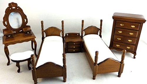 2 Letti Singoli in Legno con Tavolini e Cassettiera Camera da Letto Casa delle Bambole 669