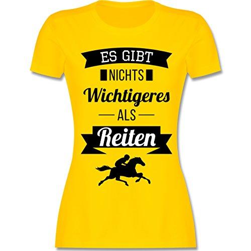 Shirtracer Reitsport - ES Gibt Nichts Wichtigeres Als Reiten - Damen T-Shirt Rundhals Gelb