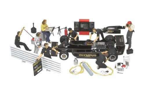 Tamiya 300020063 - Figuren-Set Motorsport 1970-85 (9), Bausatz 1:20