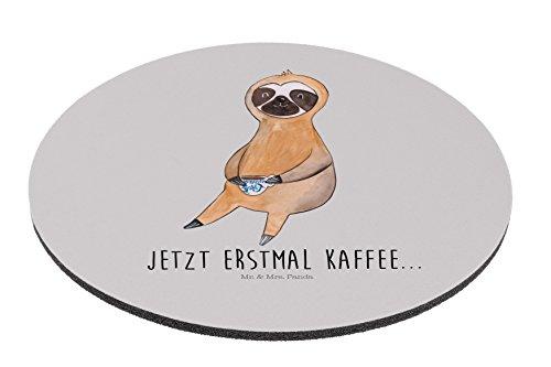 Mr. & Mrs. Panda Mauspad rund Faultier Kaffee - 100% handmade in Norddeutschland - Morgenmuffel, Frühaufsteher, faul, Faultier, Mousepad, Maus, Mouse Pad rund, Mauspad, erster Kaffee, Kaffeetasse, Gummi Natur Kautschuk, Faultiere