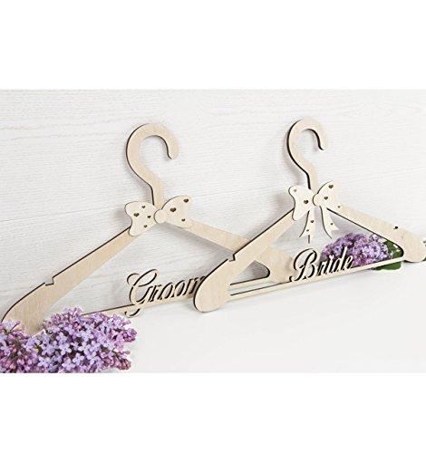 Hochzeit Kleiderbügel SET 2 - benutzerdefinierte Braut Kleiderbügel - Brautkleid Kleiderbügel - personalisierte Braut Kleiderbügel - Bräutigam Kleiderbügel - Hochzeit Geschenk - MRS und MR Kleiderbügel