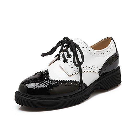 AllhqFashion Damen Niedriger Absatz Gemischte Farbe Schnüren Rund Zehe Pumps Schuhe Schwarz