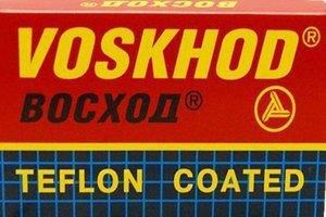 5-voskhod-teflon-coated-rasierklingen-1-paket