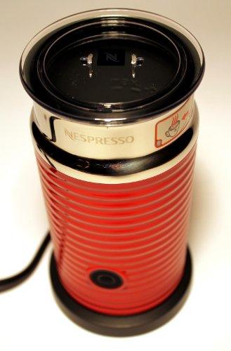 Nespresso Aeroccino 3 Milchaufschäumer Rot -