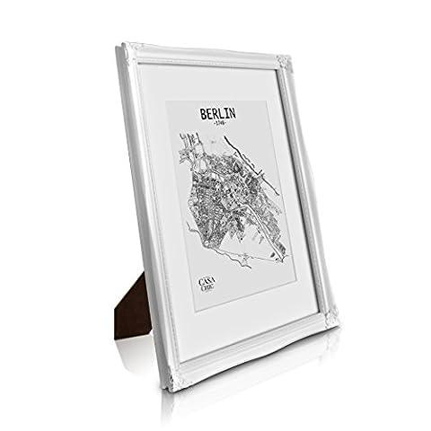 Antik Bilderrahmen A3 - Shabby Chic mit Passepartout für A4 Fotos - Plexiglas - 2,5 cm Rahmenbreite - Rokoko BaBarock Stil - Antik Weiß