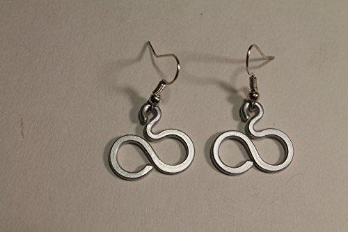 infinite-matt-silver-small-earrings