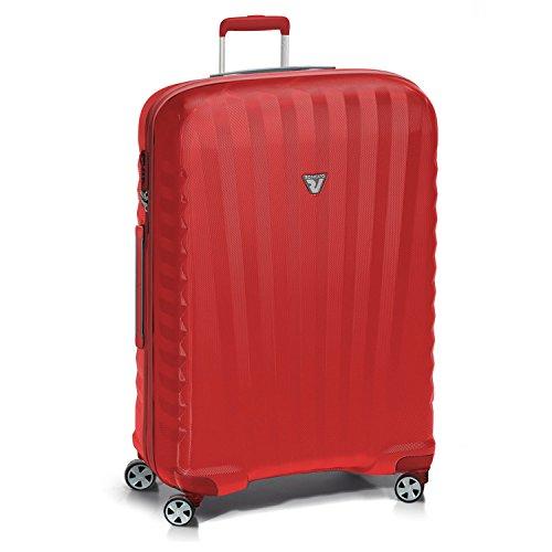 11f0ee9840 Gli interni e gli esterni della valigia sono elegantemente rifiniti, con  dettagli e particolari che contribuiscono a giustificare il prezzo non  proprio ...
