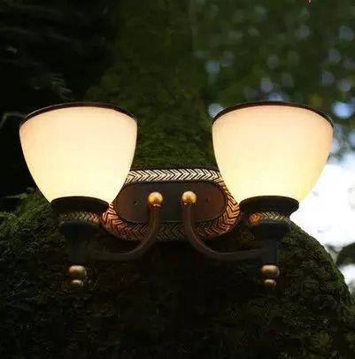 PIGE Stile antico lampada da parete in ferro battuto lampada da comodino camera da letto matrimoniale moderna davanti balcone specchio minimalista luci della navata