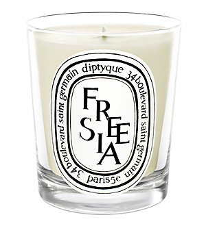 diptyque-scented-candle-freesia-190g-65oz