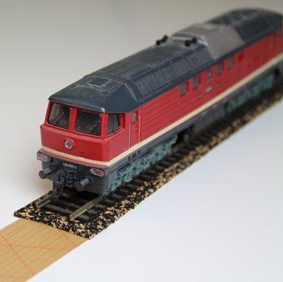 10x Gleisbett aus Gummikork für Spur Z – 1,7 x 100cm ✓ Zuschneidbar ✓ Antistatisch ✓ Vibrationsdämmende Schienenunterlage   Modellbauartikel als Gleisunterlage, Gleisbettung