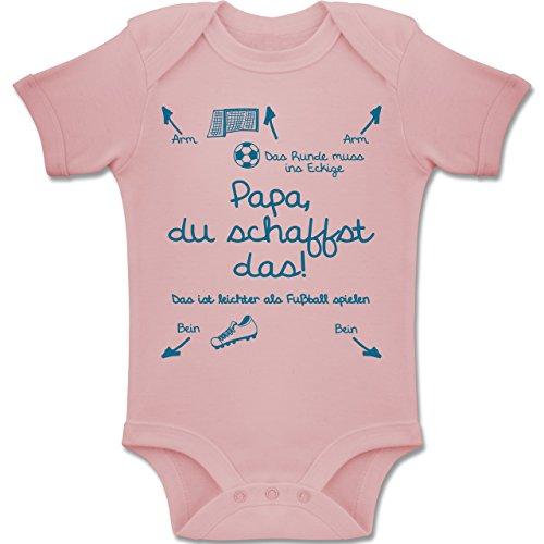 Shirtracer Strampler Motive - Papa du schaffst das Fußball Junge - 3/6 Monate - Babyrosa - BZ10 - Baby Body Kurzarm für Jungen und Mädchen