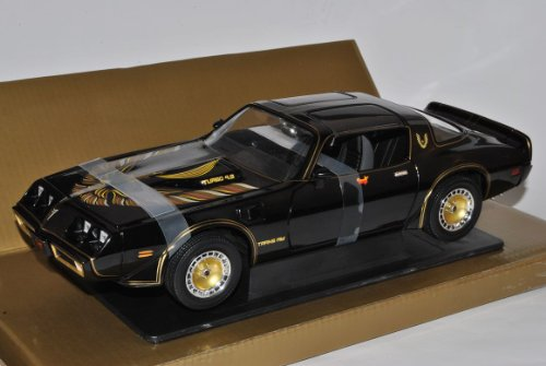 pontiac-trans-am-1980-schwarz-smokey-and-the-bandit-1-18-greenlight-modell-auto