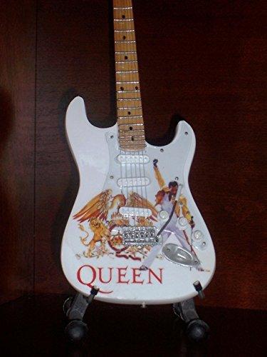 Mini Guitarra QUEEN FREDDIE MERCURY Figurilla Presente