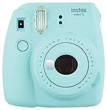 62x46mm, integrierter Selfie-Spiegel, 60mm Objektiv, f/?12.7, 1/60s Verschlusszeit, Fokus: 0.6m, Lieferumfang: Kamera; Batterien; Trageschlaufe; Bedienungsanleitung; Selfielinse, Abmessungen (BxHxT): 116x118.3x68.2mm, 307g