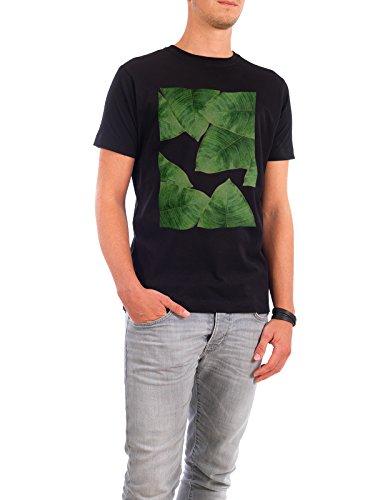 """Design T-Shirt Männer Continental Cotton """"Banana Leaves I"""" - stylisches Shirt Floral Natur Essen & Trinken Fashion von Paper Pixel Print Schwarz"""