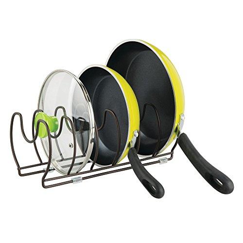 mDesign Geschirrablage für Kochtöpfe, Deckel und Pfannen – kompakter Topfdeckelhalter für den Küchenschrank – platzsparender Ständer für Kochgeschirr aus Metall – bronzefarben