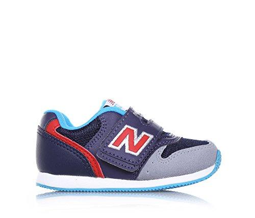 NEW BALANCE - Basket bleue et grise, en microfibre, fermeture en velcro, logo latéral et à l'arrière, semelle en caoutchouc, garçon, garçons Gris