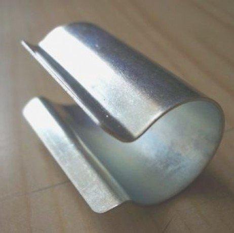 Clips acier galvanisé ronds par sachet de 10 ClipsR60