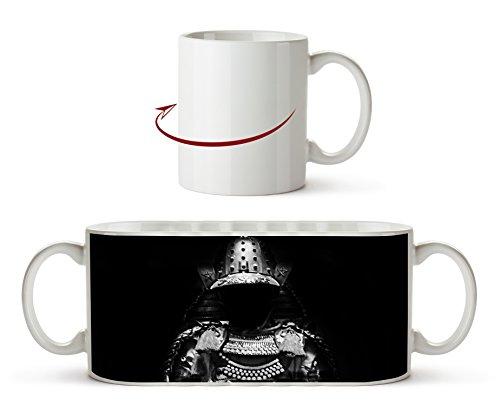 Dark goldene Samurai Rüstung Effekt: Schwarz/Weiß als Motivetasse 300ml, aus Keramik weiß,...