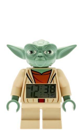 Lego Star Wars 9003080 Yoda Kinder-Wecker mit Minifigur und Hintergrundbeleuchtung,grün/braun,Kunststoff,24 cm hoch,LCD-Display,Junge/Mädchen,offiziell