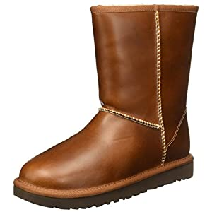 UGG Australia Womens Classic Short Boot
