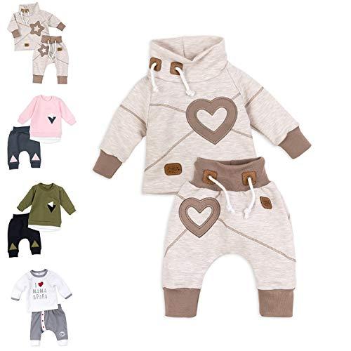 Baby Sweets Set Hose und Shirt Mädchen beige braun | Motiv: Heart | Baby Outfit mit Herz-Applikationen für Neugeborene & Kleinkinder | Größe: 9 Monate (74)......