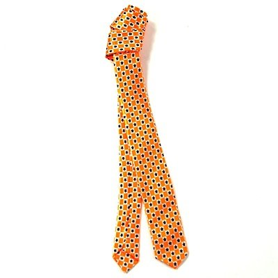 Corbata rock negro estrellas naranjas