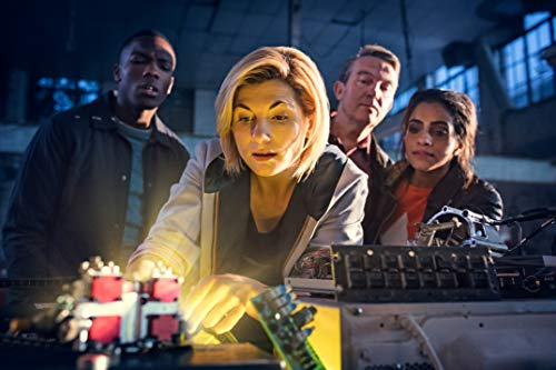 Doctor Who - Staffel 11 (Limitiertes Steelbook inkl. Postenkartenset und Leerplatz für New Year Special) LTD. [Blu-ray]