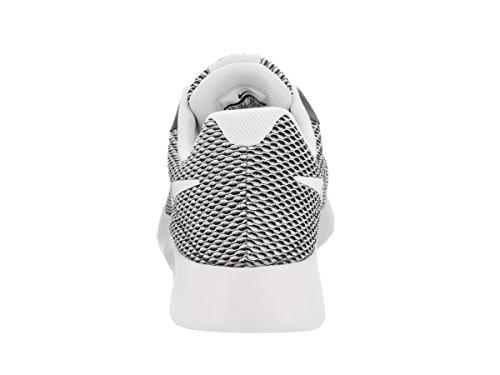 Nike Tanjun Se, Scarpe da Ginnastica Uomo Nero-Bianco
