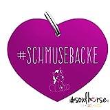 Pferde Glücksmarke '#Schmusebacke' in lila von Soulhorse für Halfter, Trense und Zaumzeug