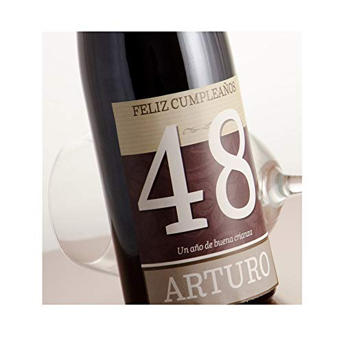¿Nunca sabes qué regalar en un cumpleaños? Botella de vino 'feliz cumpleaños' personalizada con su nombre y edad. Ideal para cualquier cumpleaños: pareja, madre, padre, abuelo, amigos... El vino Beaujolais es uno de los más famosos vinos franceses y ...