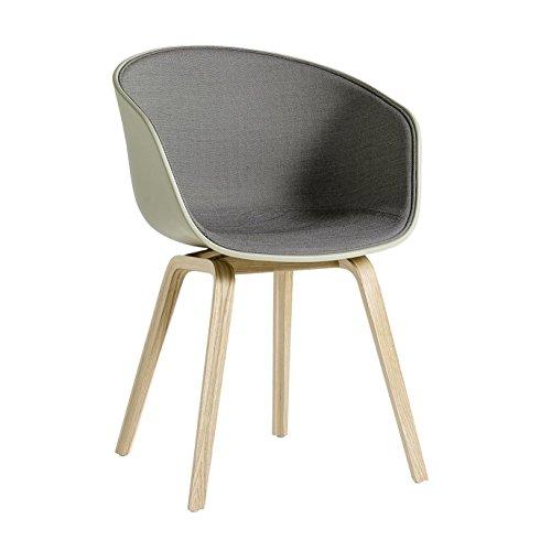 HAY About a Chair 22 Stuhl mit Spiegelpolster Eiche, dunkelgrau Schale pastellgrün Stoff Surface 240 Gestell geseifte Eiche