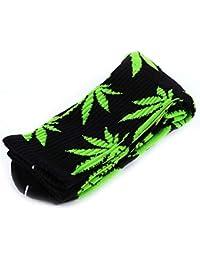6f5d49422f3 Ruiting 1 paire de mode Feuille Cannabis Printed Socquettes Sport Coton  confortable Chaussettes courtes noir et…