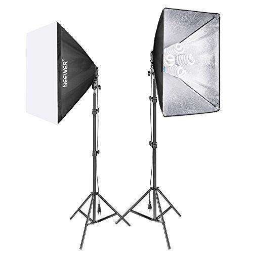 Neewer 1600W Fotostudio Softbox Beleuchtungsset Enthält: (2) 50 x 70 Zentimeter Softbox, (2) 4er Fassung Lampenhalter, (8) 45W Glühbirne, (2) 200cm Lampenständer, (2) Tragetasche für Porträtaufnahmen