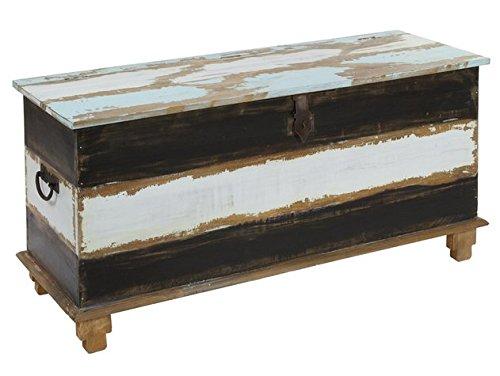 Baúl Vintage 2.0. Medidas: 124 x 60 x 45 cm.