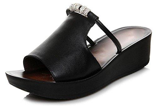 Verão Sapatos Sandálias Inclinação Chinelo Com A Palavra Chinelos Coloridos Pisos Macios Antiderrapante Mulheres Negras