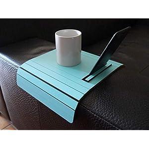 Holz sofa armlehnentisch mit iphone und ebook reader stehen in vielen farben wie türkis Armlehnentablett Moderner tisch…