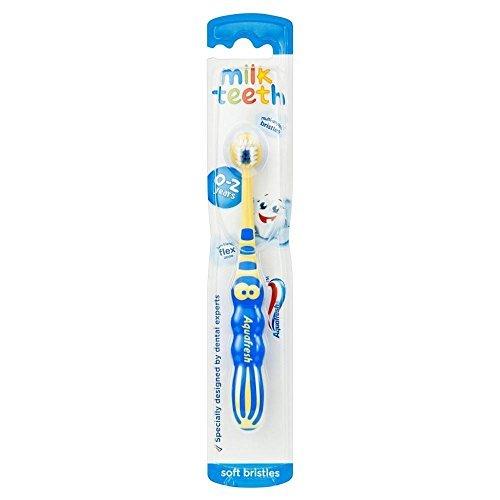 Dents Aquafresh Brosse à dents de lait 0-2 ans
